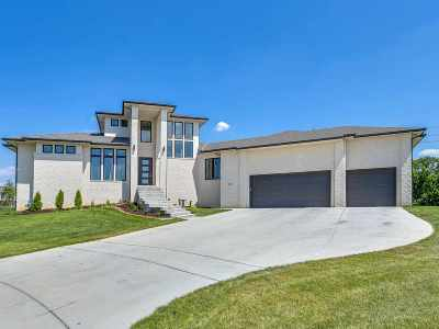 Sedgwick County Single Family Home For Sale: 1802 N Burning Tree Cir