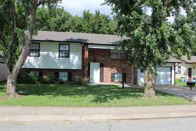 Mulvane KS Single Family Home For Rent: $1,225