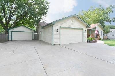 Maize Single Family Home For Sale: 307 S Queen Ave