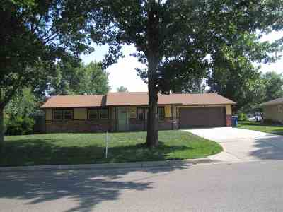 Kechi Single Family Home For Sale: 215 N Commanche Dr