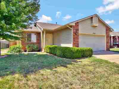 Derby Single Family Home For Sale: 1719 N Amber Ridge Str