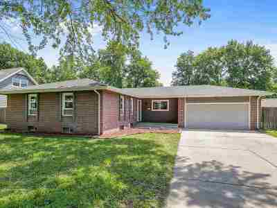 Derby Single Family Home For Sale: 1212 N Dry Creek Dr