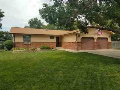 McPherson County Single Family Home For Sale: 604 Manchester Ct