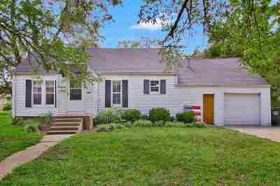 Halstead Single Family Home For Sale: 611 Chestnut St