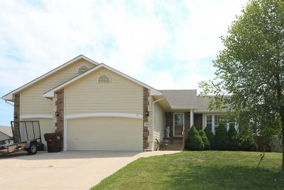 Mulvane Single Family Home For Sale: 906 N Cedar Brook