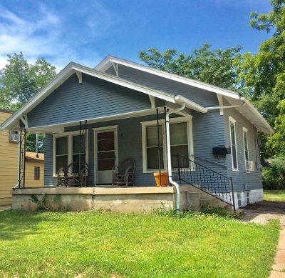 Wichita Single Family Home For Sale: 719 S Broadview