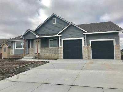 Maize Single Family Home For Sale: 533 S Horseshoe Bnd