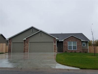 Wichita Single Family Home For Sale: 8705 E Millrun