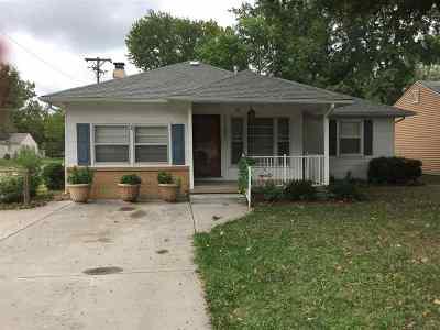 Wichita Single Family Home For Sale: 2102 S Grove