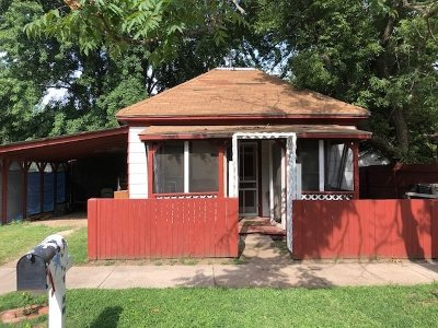 Winfield KS Single Family Home For Sale: $26,900