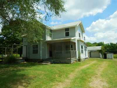Arkansas City KS Single Family Home For Sale: $34,900