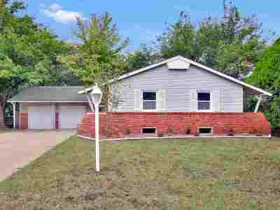 Bel Aire Single Family Home For Sale: 6012 E Perryton