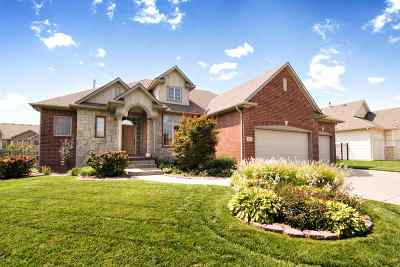 Wichita Single Family Home For Sale: 614 N Thoroughbred Ct