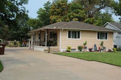 Wichita Single Family Home For Sale: 1313 N High St