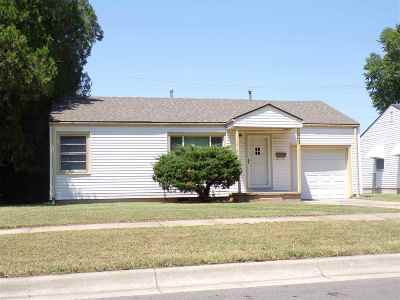 Wichita Single Family Home For Sale: 753 S Eastridge