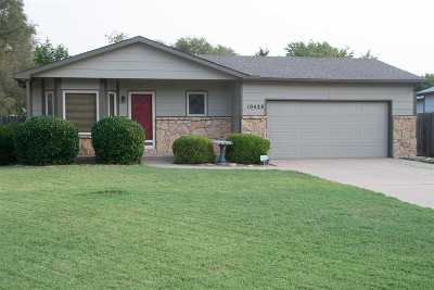 Wichita Single Family Home For Sale: 10428 W Esthner Cir