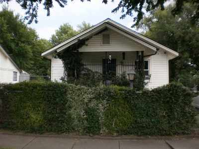 Wichita Single Family Home For Sale: 1248 N Poplar Ave