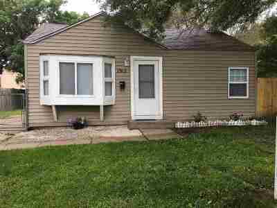 Wichita Single Family Home For Sale: 1912 S Santa Fe St