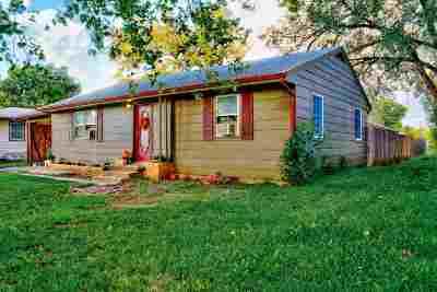 Newton Single Family Home For Sale: 1016 S Poplar St