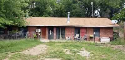 Buhler Single Family Home For Sale: 5325 N Wheat State Rd