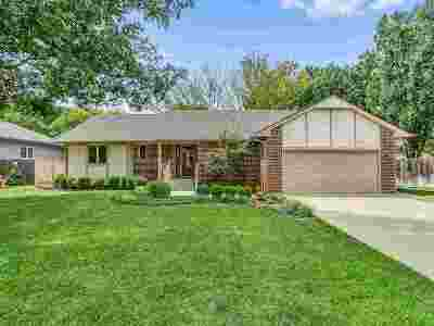 Derby Single Family Home For Sale: 825 S Honeybrook Ln
