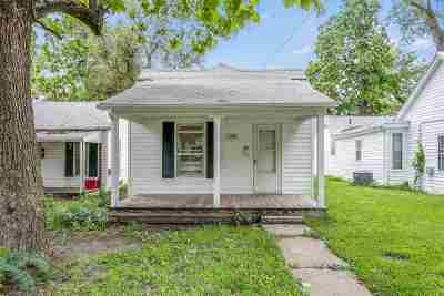 Newton Single Family Home For Sale: 124 W 2nd