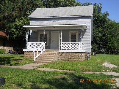 Winfield KS Single Family Home For Sale: $47,000