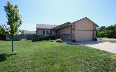 Derby Single Family Home For Sale: 801 E Winding Lane St