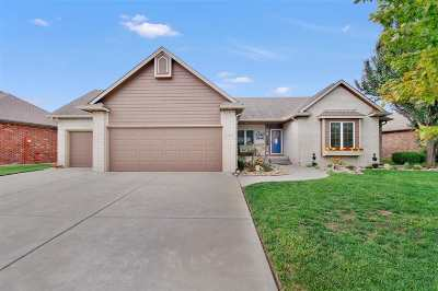 Wichita Single Family Home For Sale: 3005 W Bayview St