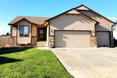 Park City Single Family Home For Sale: 5851 N Kerman Ct