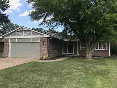 Wellington Single Family Home For Sale: 619 N High Dr