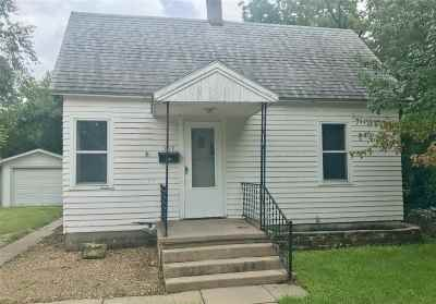 Newton Single Family Home For Sale: 909 E 8th St