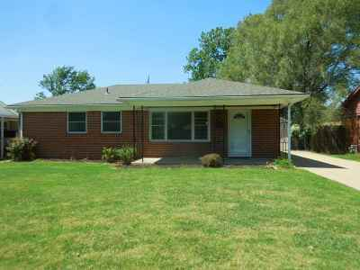 Sedgwick County, Butler County, Reno County, Sumner County Single Family Home For Sale: 3151 S Bonn Ave