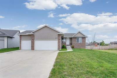 Wichita Single Family Home For Sale: 4975 N Marblefalls