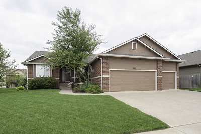 Wichita Single Family Home For Sale: 8621 E Scragg Cir