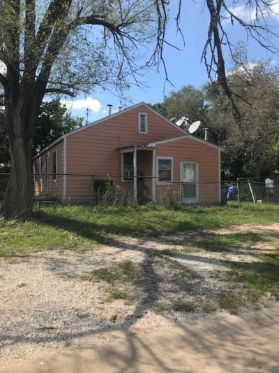 Wichita Single Family Home For Sale: 2659 S Fees St