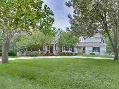 Wichita Single Family Home For Sale: 7802 E Hartmoor