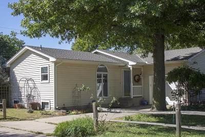 Kechi Single Family Home For Sale: 207 Sandstone Ct