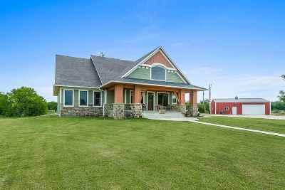 Towanda Single Family Home For Sale: 2538 NW Hunter Rd