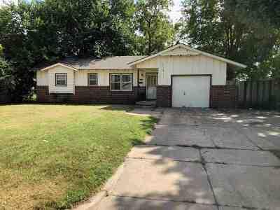 Wichita KS Single Family Home For Sale: $59,900