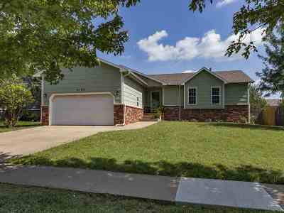 Bel Aire Single Family Home For Sale: 4120 Farmstead St