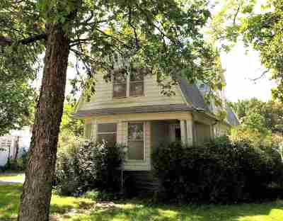 Wellington Single Family Home For Sale: 416 N Jefferson Ave