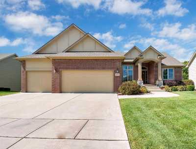 Wichita Single Family Home For Sale: 2421 N Graystone St