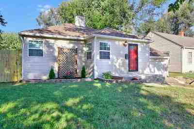 Wichita Single Family Home For Sale: 1643 N Hood St