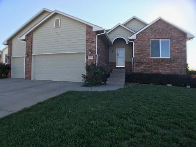 Wichita Single Family Home For Sale: 1218 S Horseback Cir