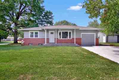 Wichita Single Family Home For Sale: 1203 N Brunswick St