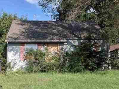 Wichita KS Single Family Home For Sale: $36,000