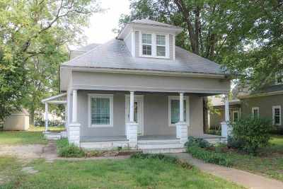 Mulvane Single Family Home For Sale: 110 S College Ave