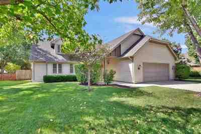 Wichita Single Family Home For Sale: 2541 N Winstead Cir