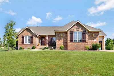Rose Hill Single Family Home For Sale: 300 W Sienna Dr